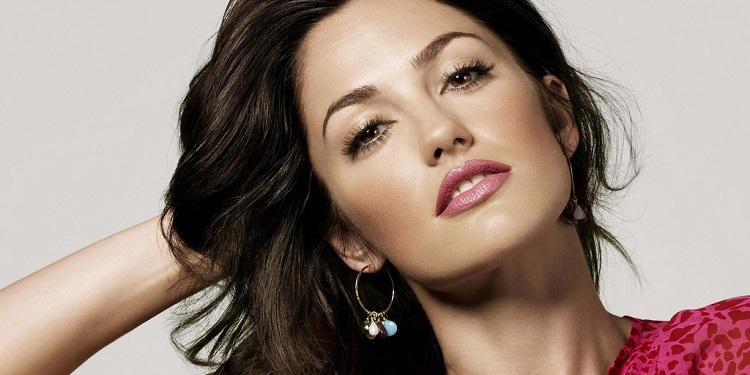 A Beautiful Woman's Face