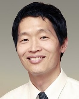Photo of Dr. Edward J. Yoon, MD